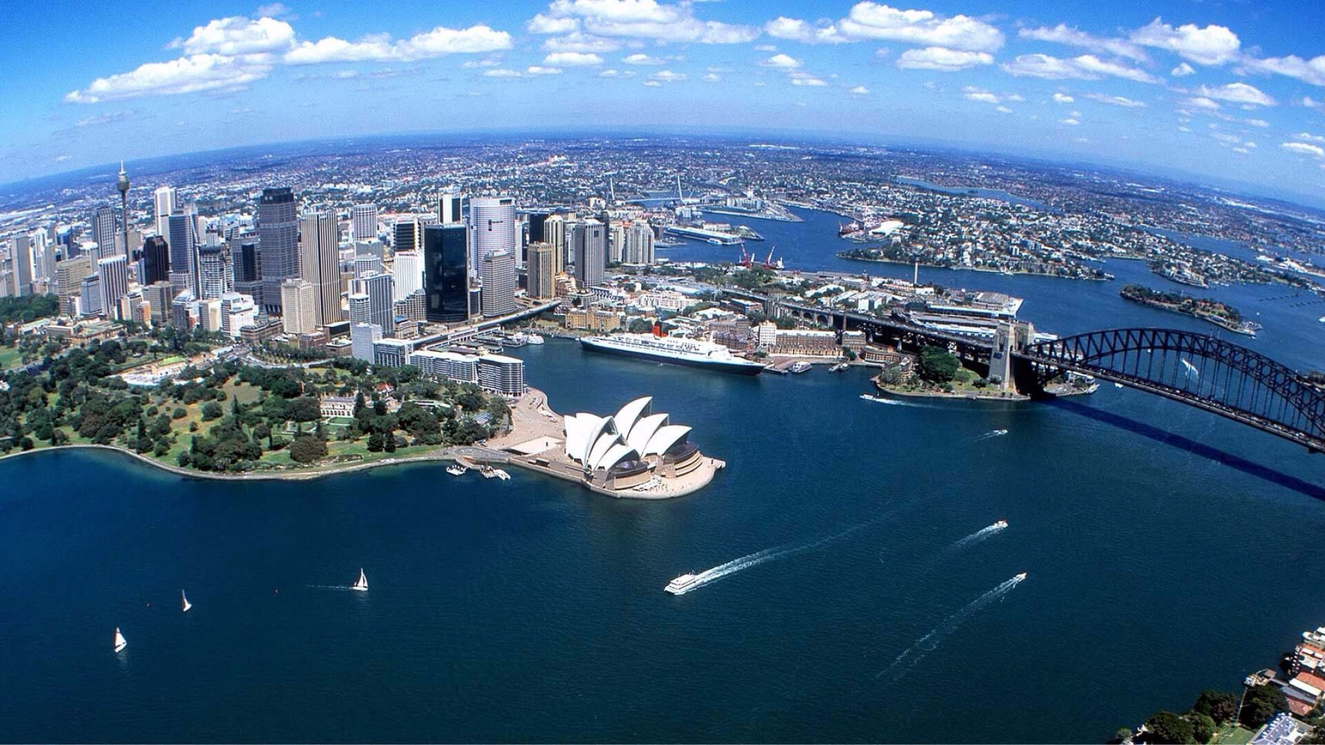 Scenic flight over Sydney Opera House and Sydney Harbour Bridge
