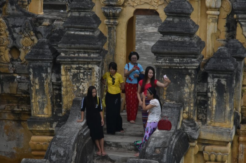 Ava, Sagaing, Amarapura and Mingun Full-Day Tour
